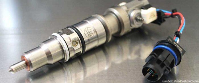 Injektor-Diesel-pada-komponen-mobil